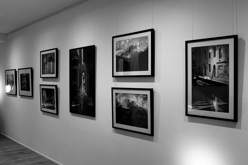 DSF4047-BWx Gallery
